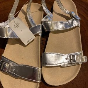Silver sandals new and never worn. Size 6 Gap